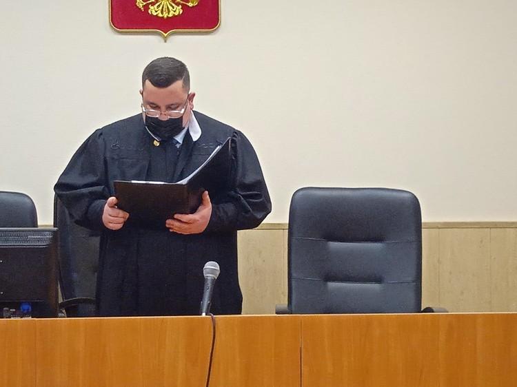 По решению Камешковского районного суда, Дмитрий пробудет под стражей до следующего года