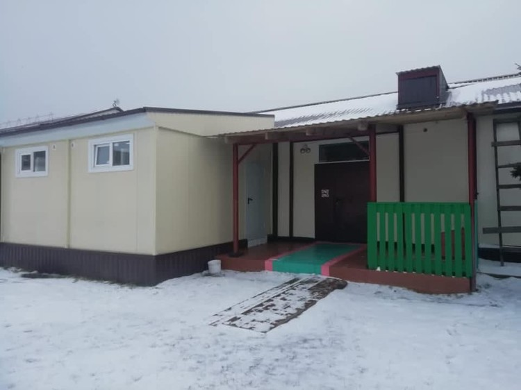 Туалет есть, но заход только с улицы. Фото: фейсбук Владислав ЗЫРЯНОВ.