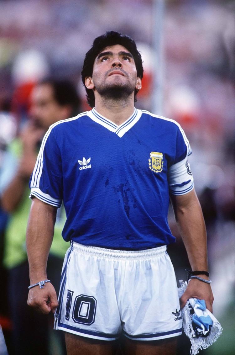 Диего Марадона, бывший футболист сборной Аргентины