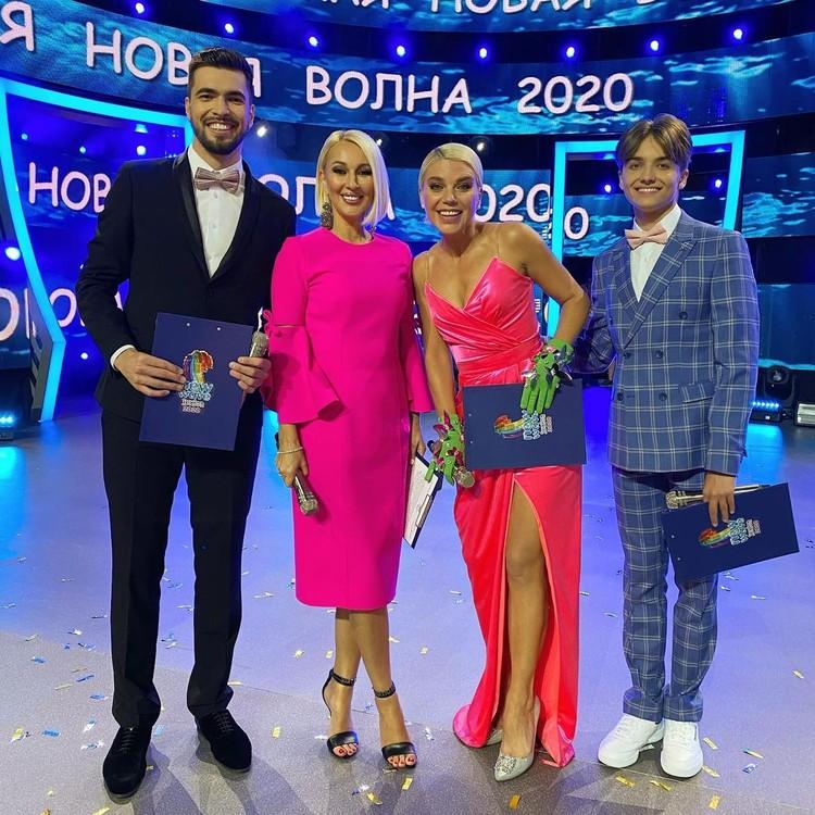 Вячеслав Макаров (слева) уже вел с Лерой Кудрявцевой мероприятия.