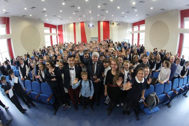Коллектив и ученики Академлицея устремлены в будущее.