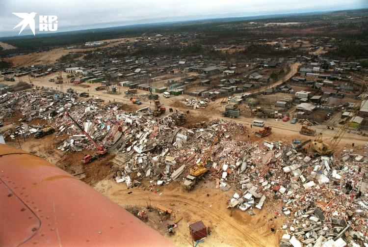 Землетрясение в Нефтегорске 28 мая 1995. На Сахалине за 17 секунд полностью разрушило город