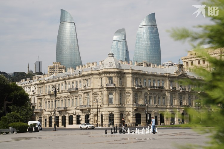 «Пламенные башни» в Баку.