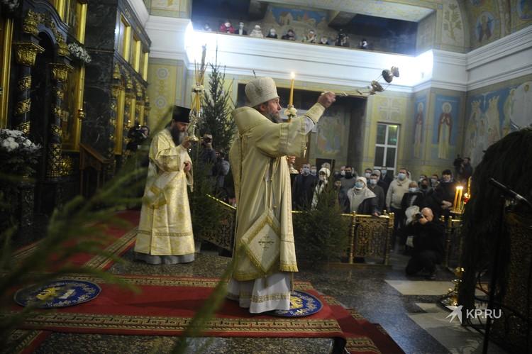 Рождественское богослужение возглавил новый митрополит Екатеринбургский и Верхотурский Евгений.