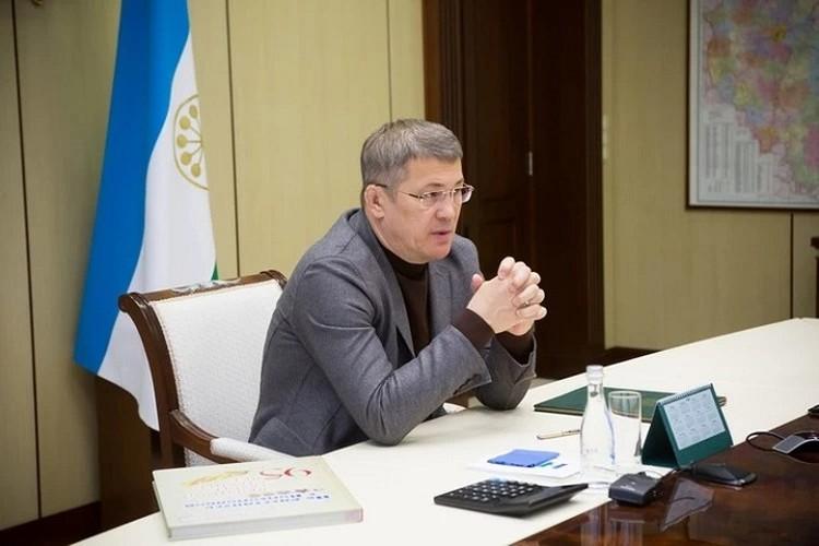 Глава Башкирии поручил правительству сократить сроки ремонта путепровода
