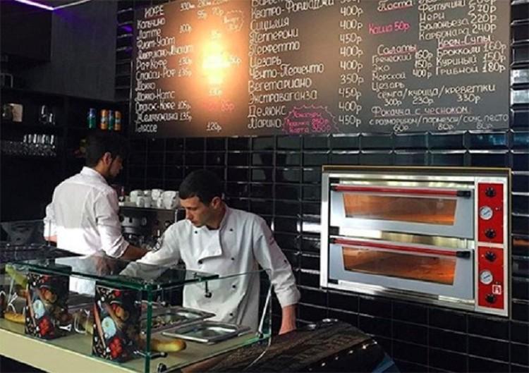 Пиццерия на проспекте Октября пользовалась популярностью у горожан, но коронакризис не пережила