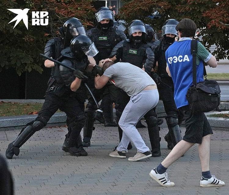 В Минске в первые дни после выборов шли настоящие уличные бои