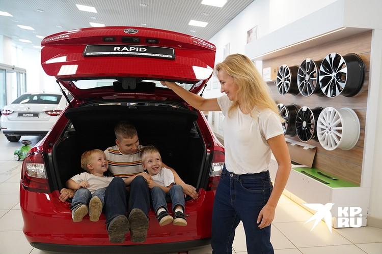 Многие планируют купить автомобиль.