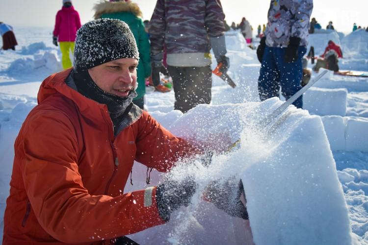 Участникам было жарко, несмотря на мороз.