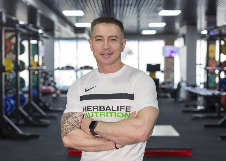 Александр Аралбаев, фитнес-эксперт компании Herbalife Nutrition.
