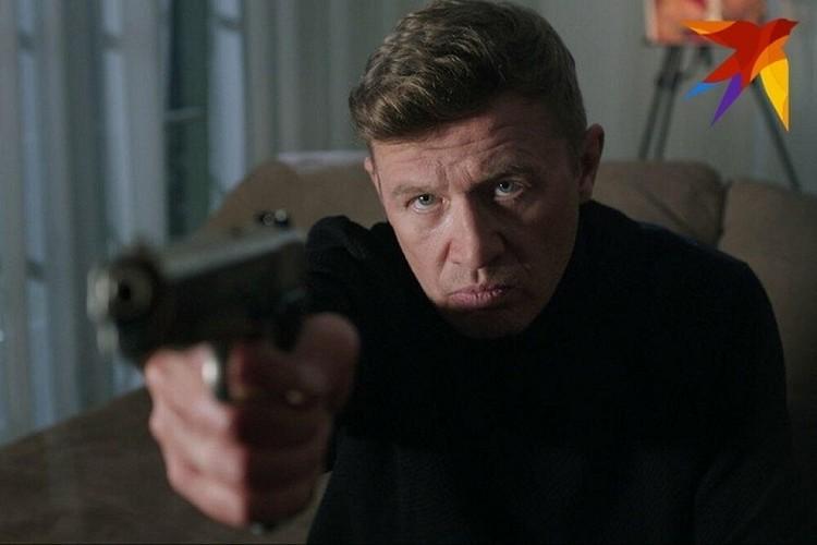 Сейчас Олег продолжает работать в кино - правда, чаще как режиссер. Кадр из фильма