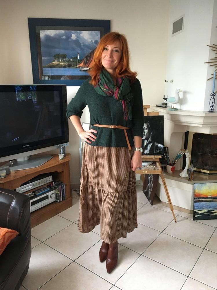 Во Франции Лариса занялась йогой и решила поменять свой стиль
