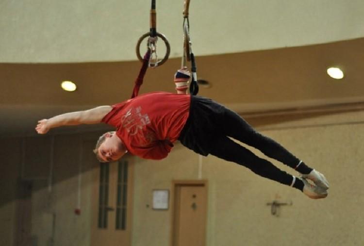 С 2010 года Павел работал в цирке. Фото: СОЦСЕТИ