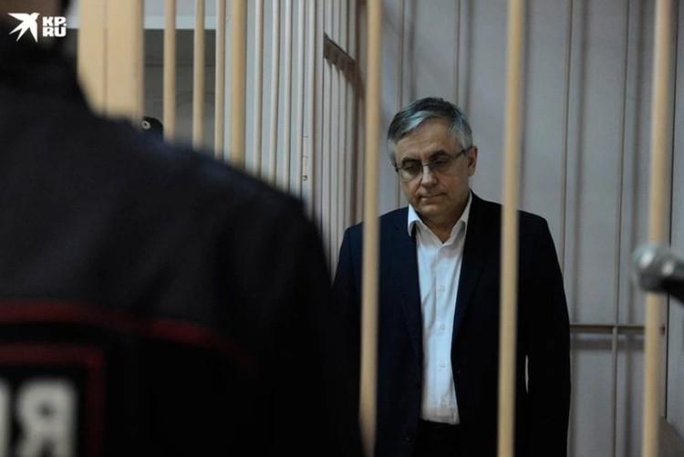 Главный нефролог Петербурга был арестован по обвинению в убийстве