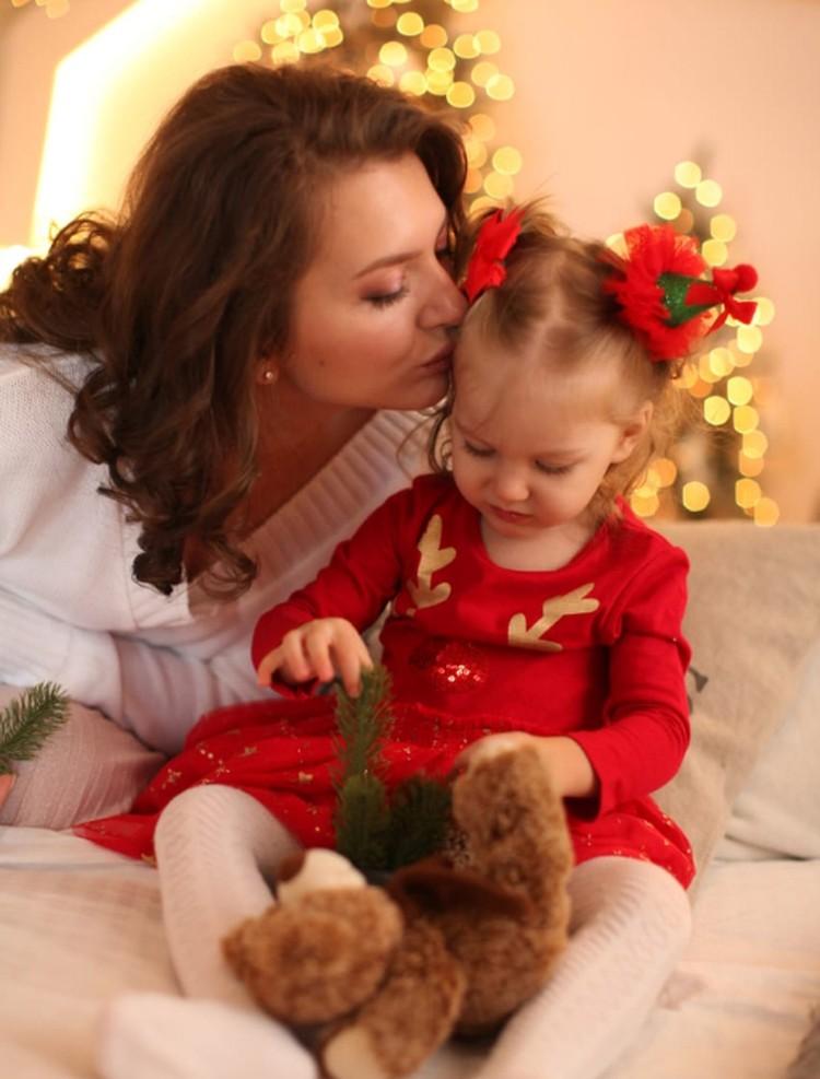 Сегодня дочке Татьяны 2,5 года. Её зовут Арина, и она, конечно, самый прекрасный ребенок на Земле
