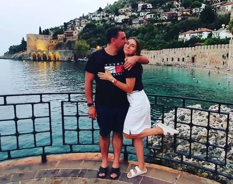 Тарас Мельник погиб в том страшном ДТП, Алена и трое детей выжили
