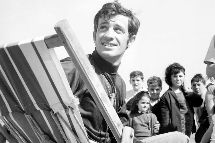 Жан-Поль Бельмондо на Каннском кинофестивале. 1964 год