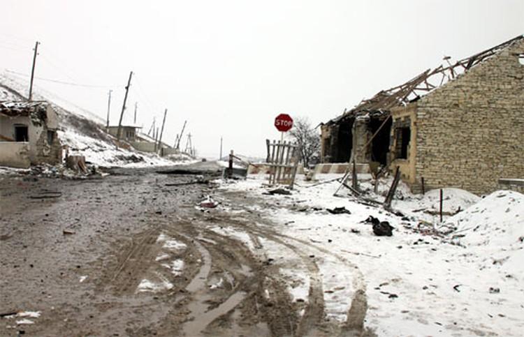 Село Губден: здесь вовремя взрыва около 30 человек получили ранения.