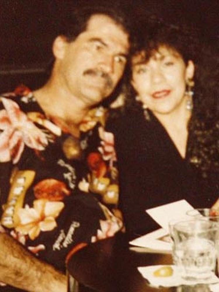 Милдред с бывшим мужем Рохелио, который всегда считал себя отцом Джо