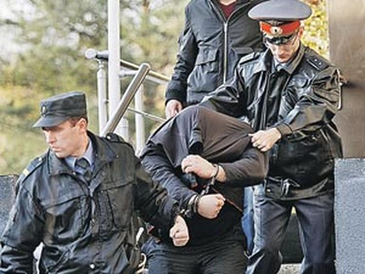 Так арестовывали Сергея Цеповяза, главного финансиста Цапков. Сейчас его уже отпустили.