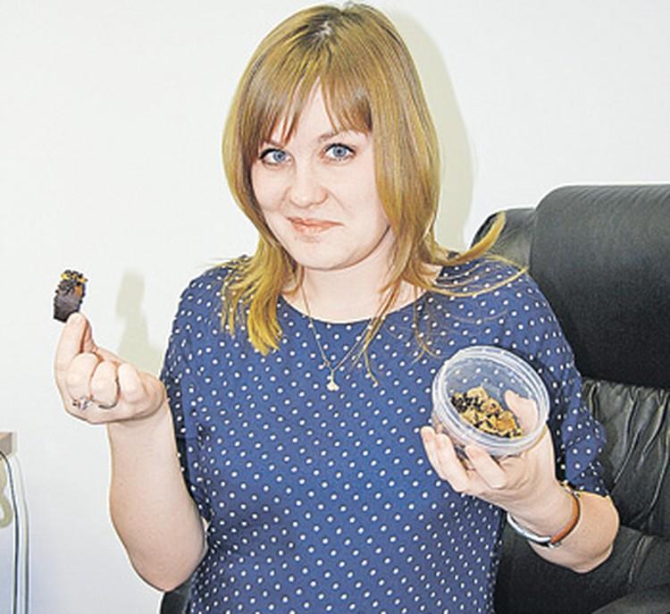 Наш корреспондент Юлия Юсупова жучков не испугалась, но попробовать на вкус так и не решилась.