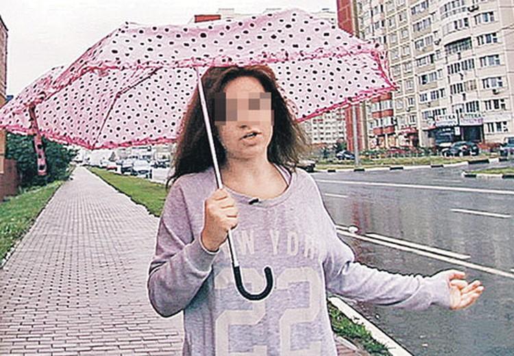 По словам Лены, Крестов-Кондратьев обманом затащил ее в машину.