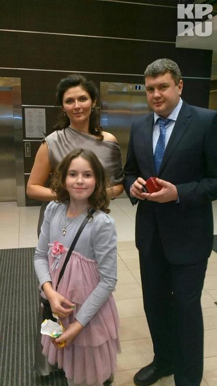 Эллина Арташина вместе с дочкой уезжает в Москву
