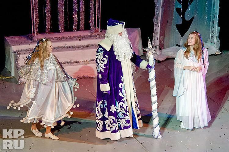 Вот уже 13 лет каждый декабрь Олег Шамаров примеряет на себя роль Деда Мороза.