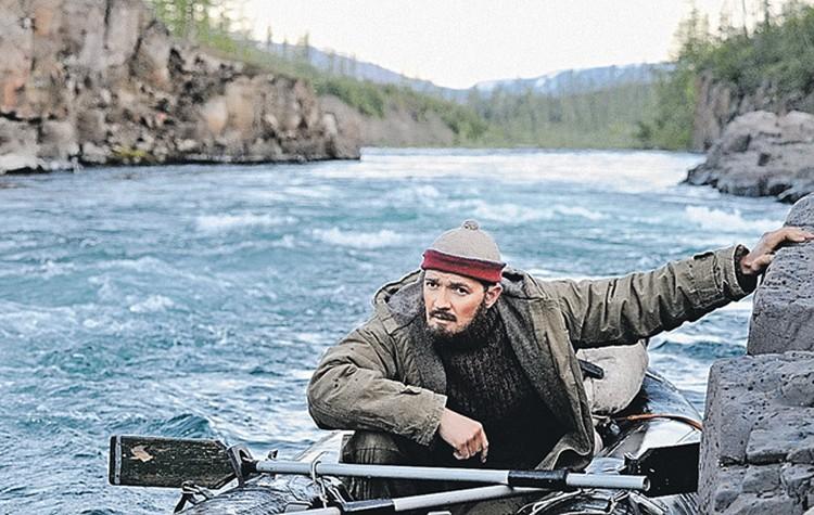 Чтобы Егор Бероев смог сыграть 53-летнего начальника поисковой партии Монголова, гримера выписали аж из Лондона.