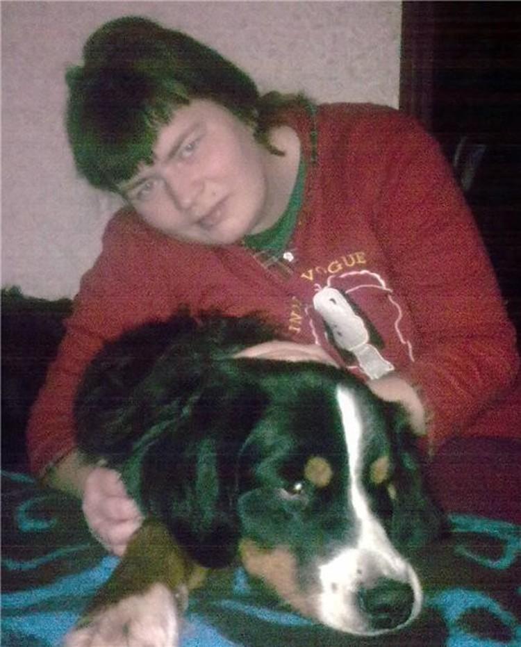 Анастасия Нилова с собакой по кличке Белла