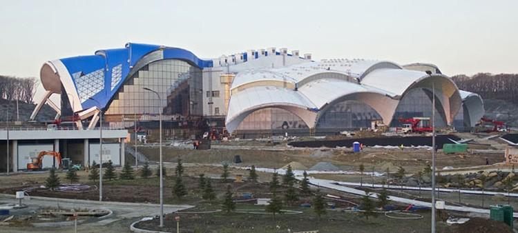 Строительство Океанариума на о. Русский. Основное здание.