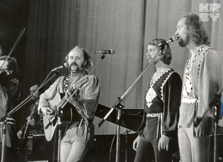 """Музыканты считают, что в """"Песнярах"""" было три фронтмена: Владимир Мулявин, Анатолий Кашепаров и Леонид Борткевич."""