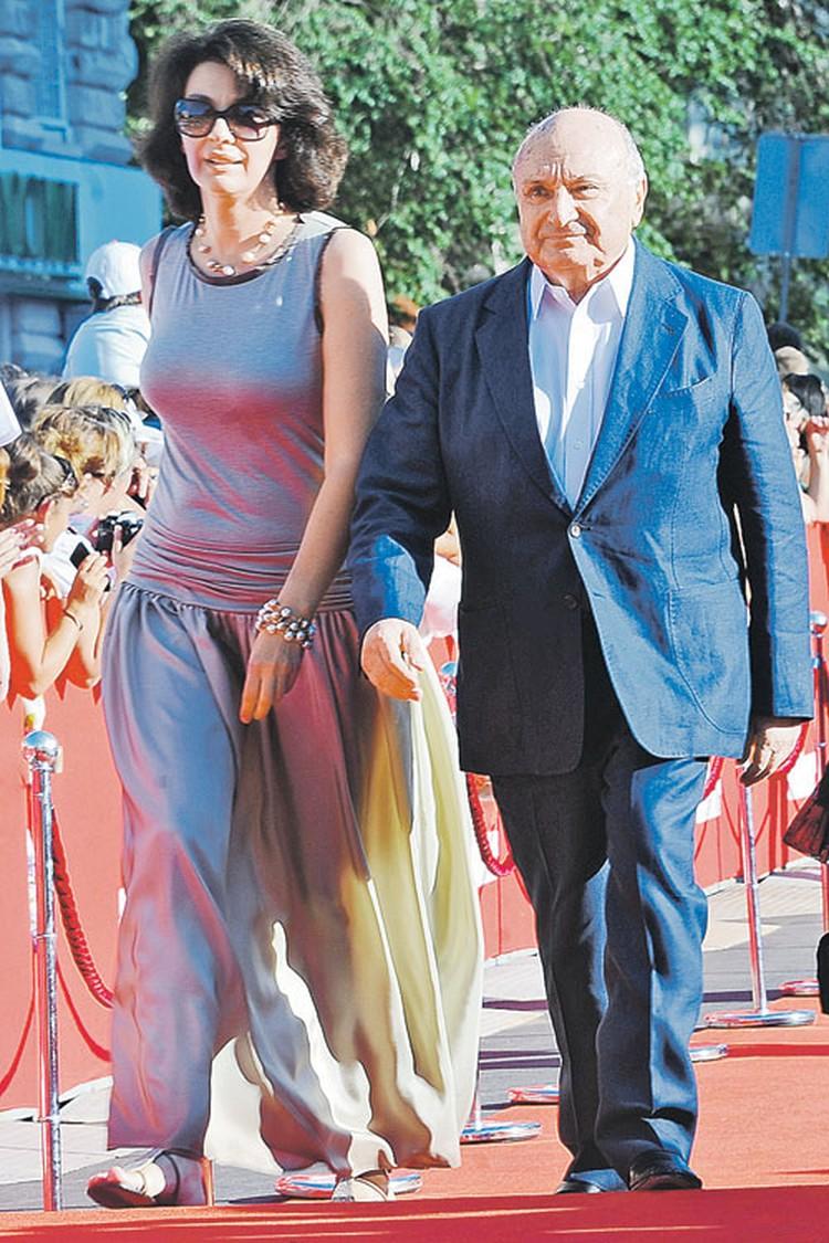 Михаил Михайлович с женой Натальей на Одесском кинофестивале.