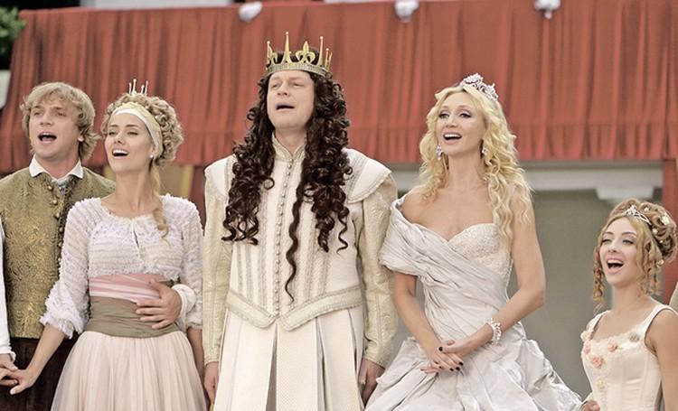 В фильме «Тайна четырех принцесс» Жигунов иОрбакайте сыграли короля и королеву.
