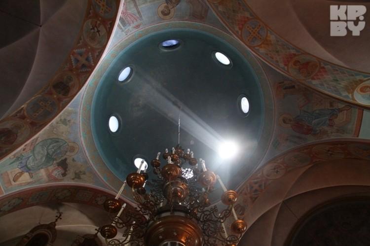 Храм проектировал варшавский архитектор, католик по вероисповеданию, за проект не взял ни копейки.