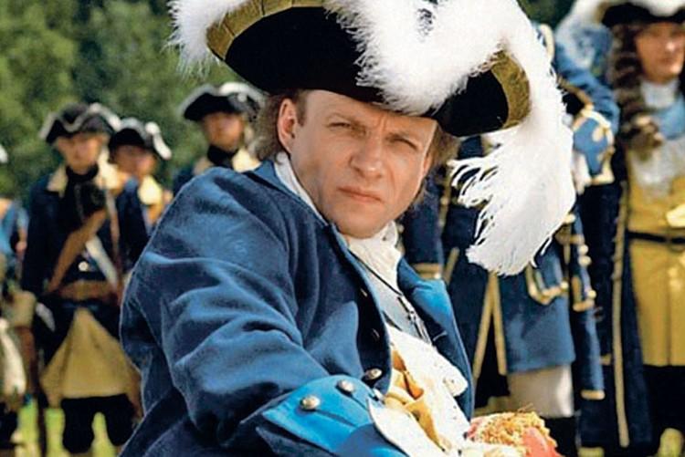 Шведский король Карл ХII - в этом образе актер предстал перед зрителями  в картине «Слуга государев». Фото: Кадр из фильма