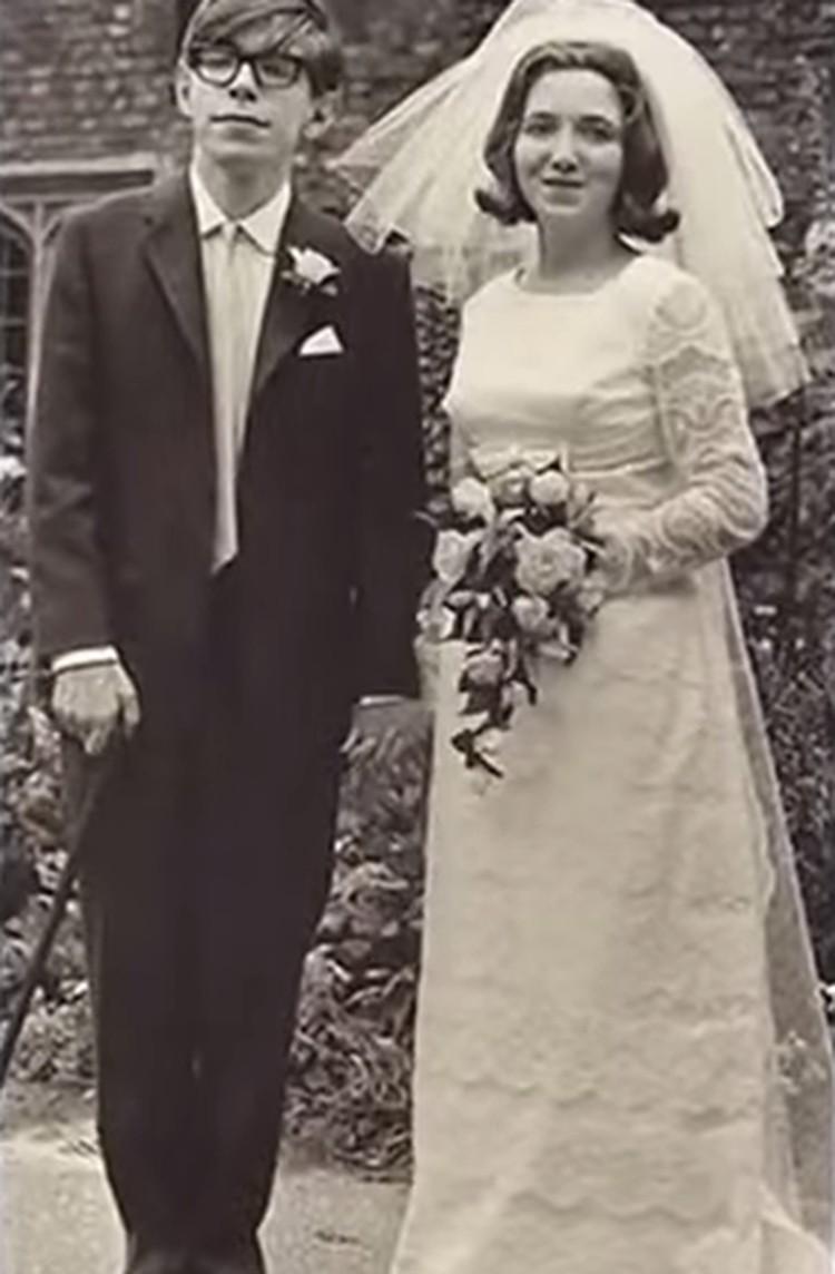 В 1965 году Стивен Хокинг женился на Джен Уайлд. Фото - кадр из YouTube
