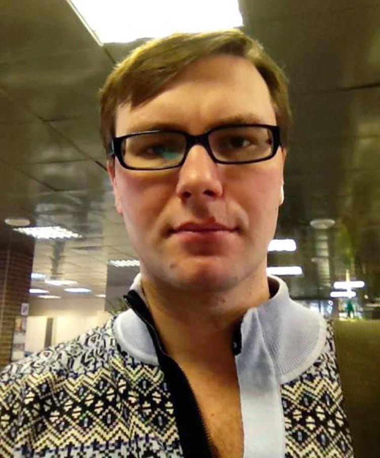 История москвича Олега Скальского такая, что хоть кино снимай