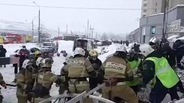 Момент спасения пострадавшей при взрыве кафе в Нижнем Новгороде