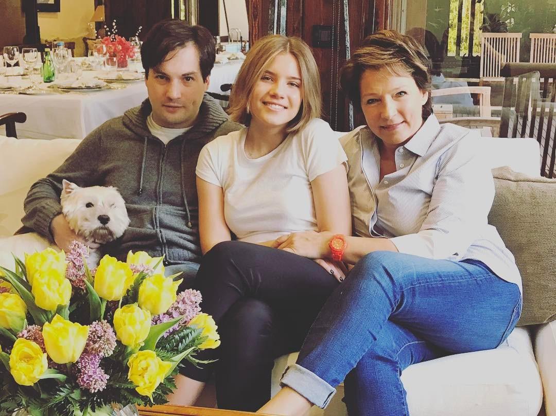 Борис Ельцин-младший с мамой Татьяной Юмашевой и сестрой Машей