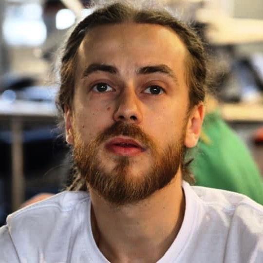 Александр Толмацкий попросил прощения у умершего сына
