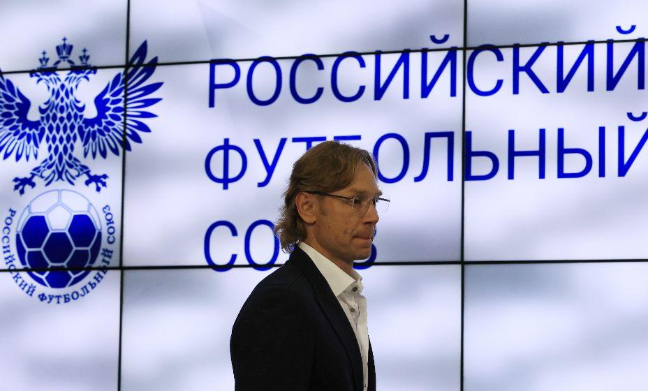 Олег Корнаухов верит в Валерия Карпина и сборную России. Фото: Reuters