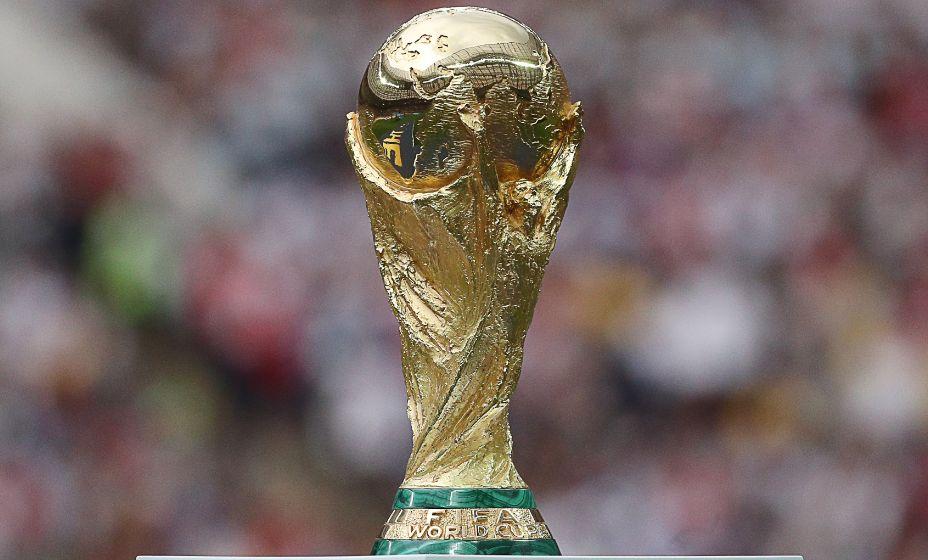 Главный трофей чемпионатов мира по футболу. Фото: ТАСС
